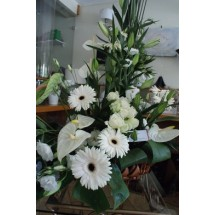 Composition florale en Blanc Anthuriums & Gerberas