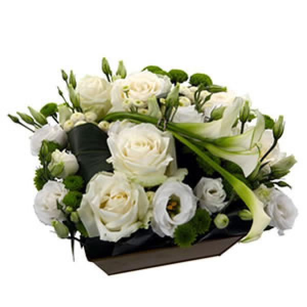 Composition florale en blanc - Compo florale mariage ...